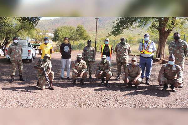 <p>SANDF & TLM in joint operation</p>