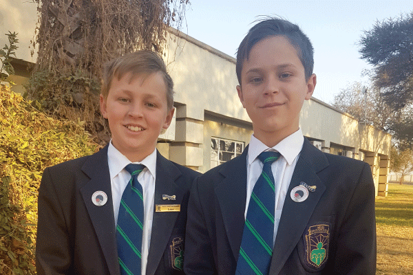 Van links: Botha en Janssen du Plessis